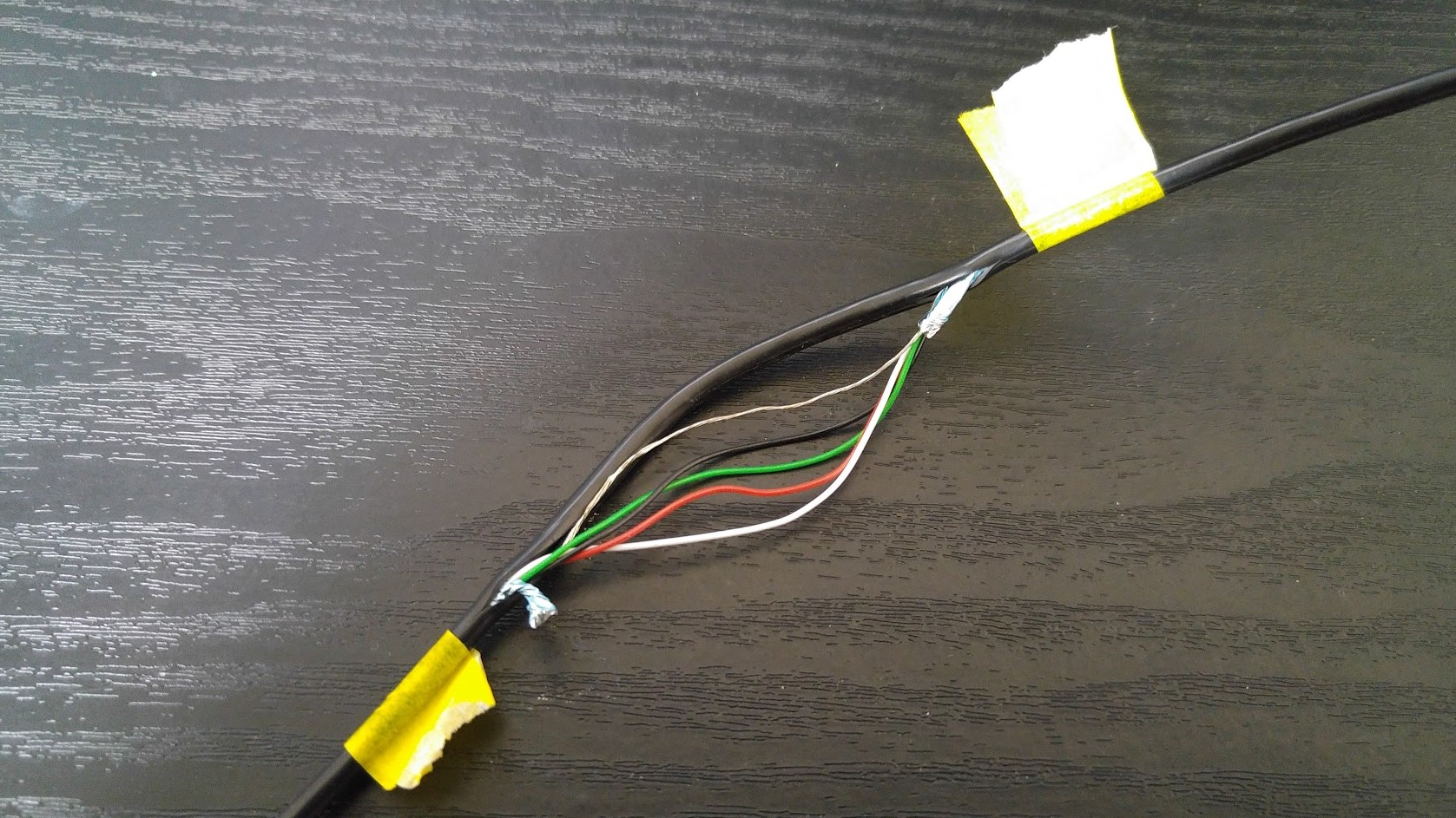 wio-node_grove-relay_usb-cable_iot-hack_6